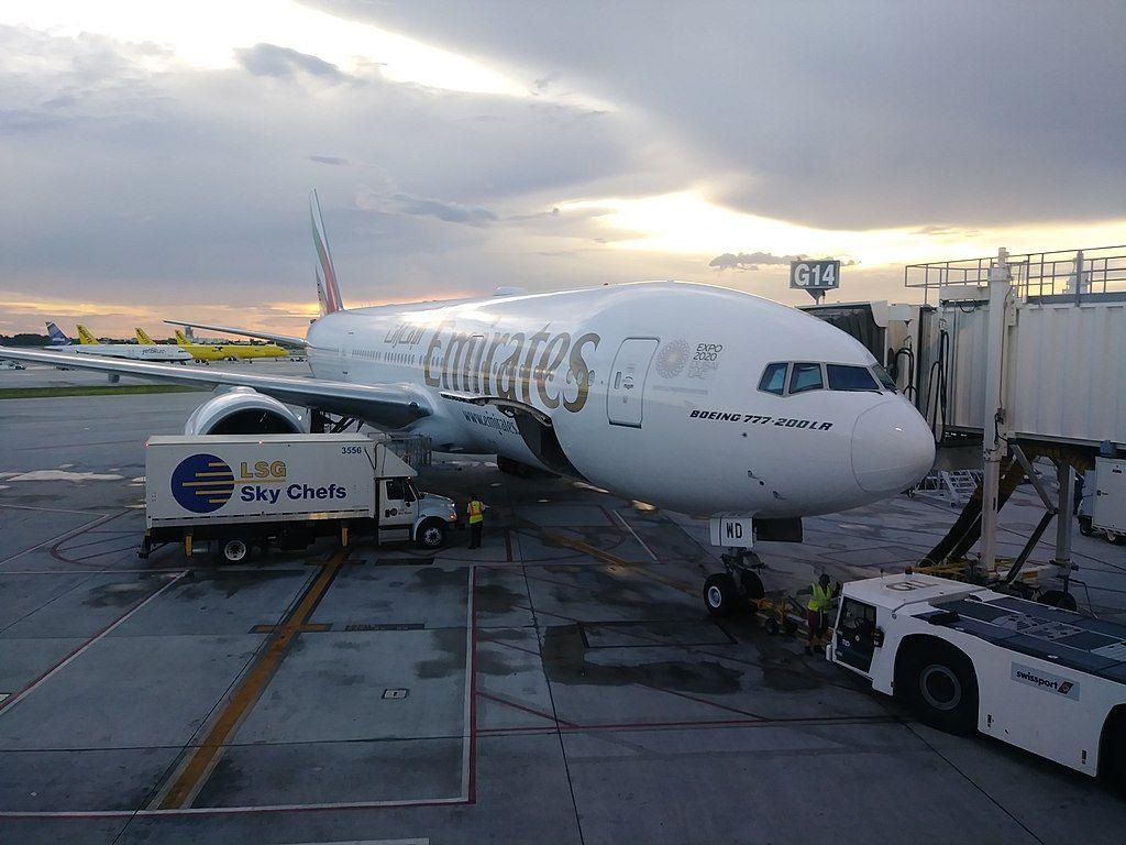 Emirates Fleet Boeing 777 200lr Details And Pictures Emirates