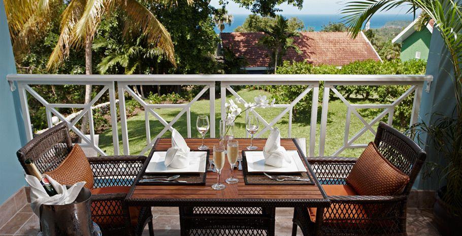 Butler Village Honeymoon Oceanview One Bedroom Poolside Villa Suite   HV   US$316 Pp/