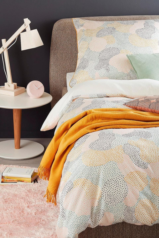 Wendebettwasche Paint Schoner Wohnen Kollektion Entdecke Tolle Bettwasche Inspiration Fur Dein Gemutliches Schlafzimmer Gelbe Bettwasche Wohnen Bett Ideen