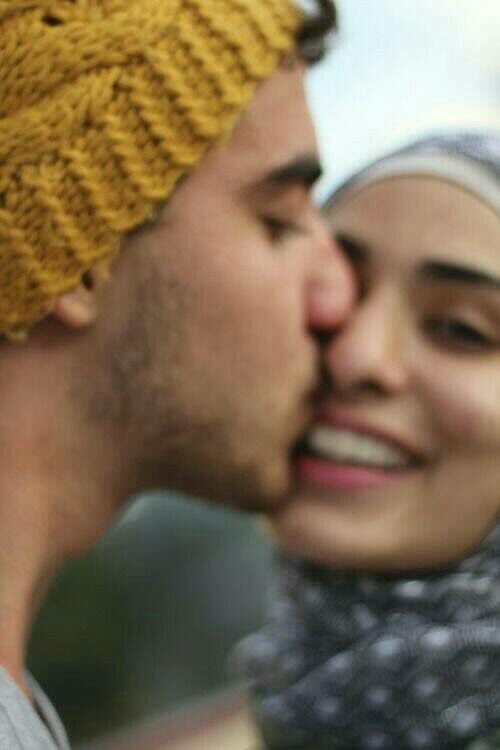 Muslim couple C´ pl¨s ❤