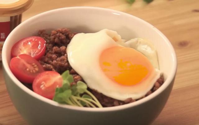 お弁当や常備菜にも肉みそ丼のレシピ