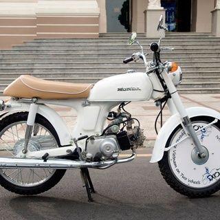 A Classic Honda 67 Motorbike Vietnam Food Cafe Racer Design Ho Chi Minh City Food