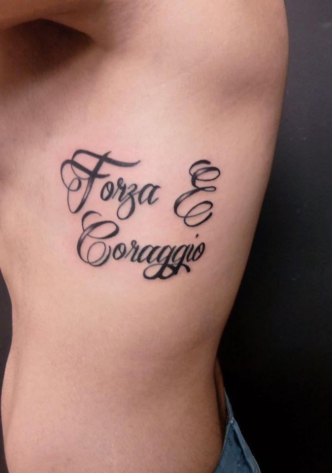 Twotattoo Tatuaje Frase Fuerza Y Coraje Tattoos Pinterest