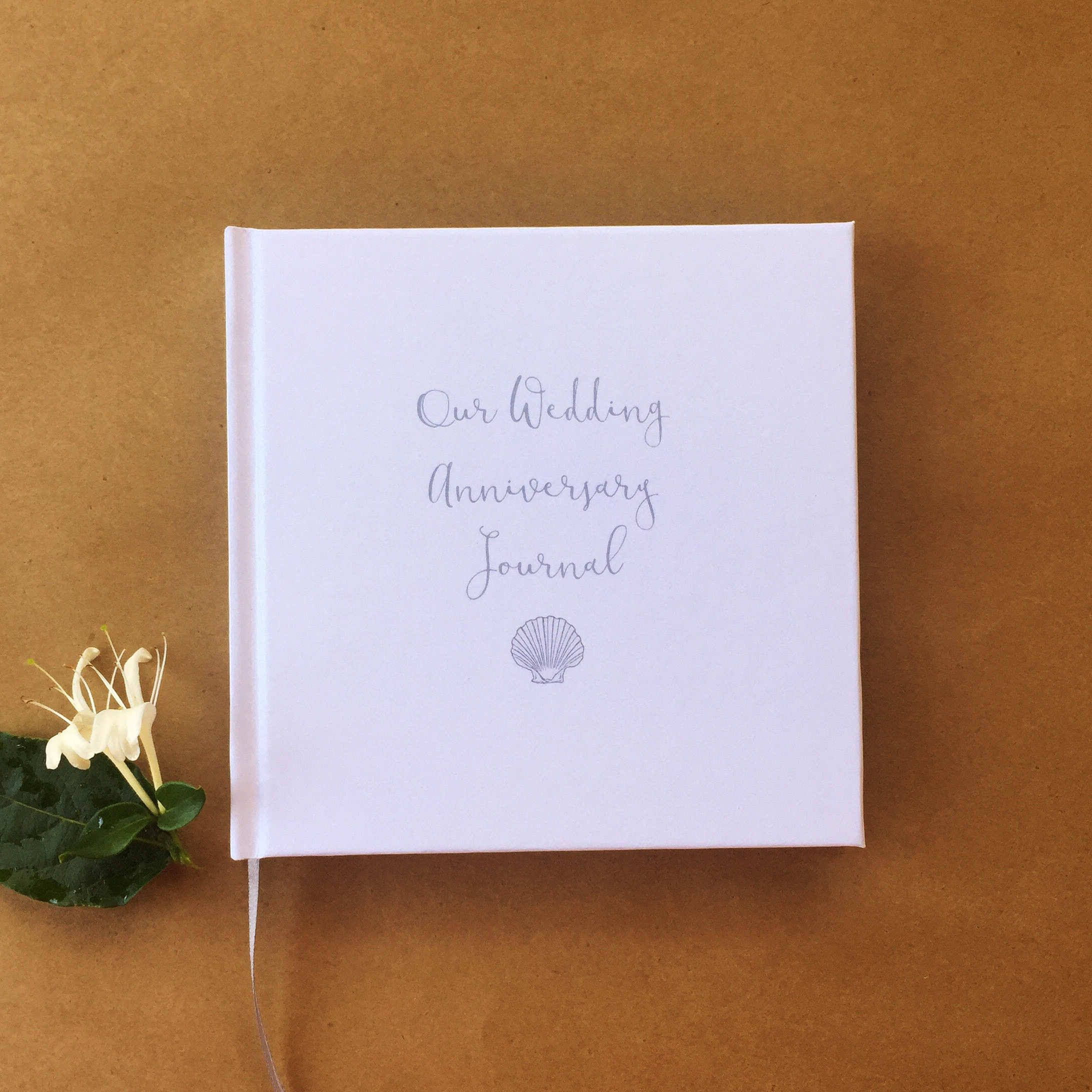 Our First Wedding Anniversary Journal · First Anniversary Gift · Wedding Anniversary Diary Keepsake · Paper Ersten HochzeitstagPapier Jubiläum Geschenk