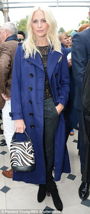 Cara Delevingne and St. Vincent attend the Burberry Prorsum LFW show #dailymail