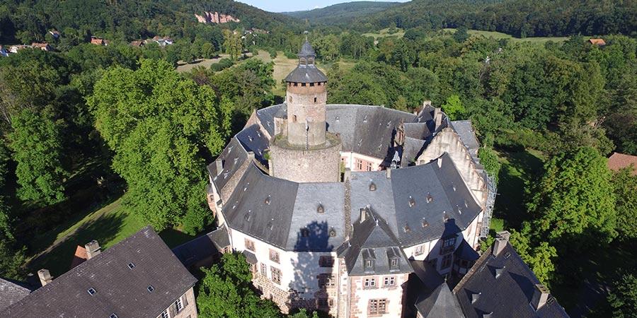 Landpartie Schloss Budingen Schloss Budingen Jugendstil Architektur Burg Schloss