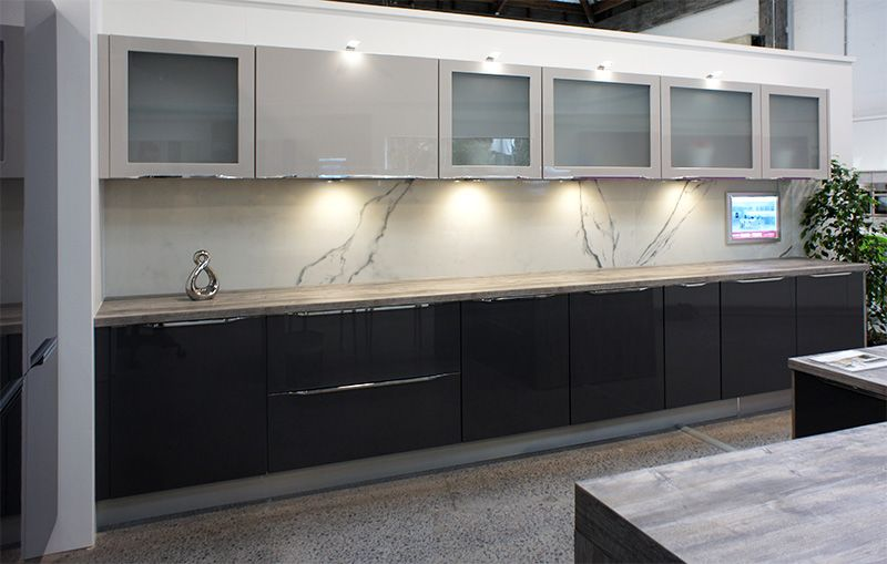 check out our brand new 3m long porcelain marble look tiles