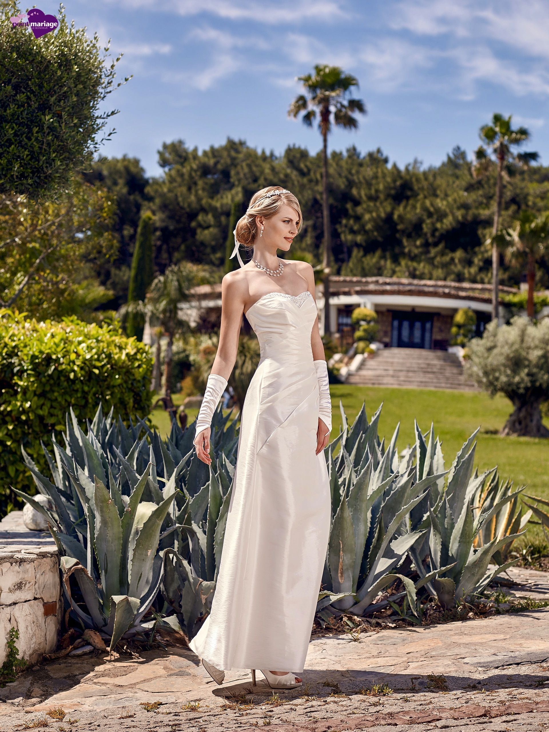 Pin by Point Mariage on Robe de Mariée Point Mariage 2016