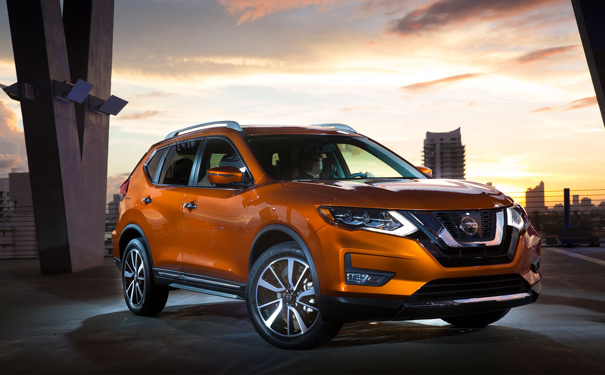 Why the New 2017 Nissan Rogue Rules! Check out all the