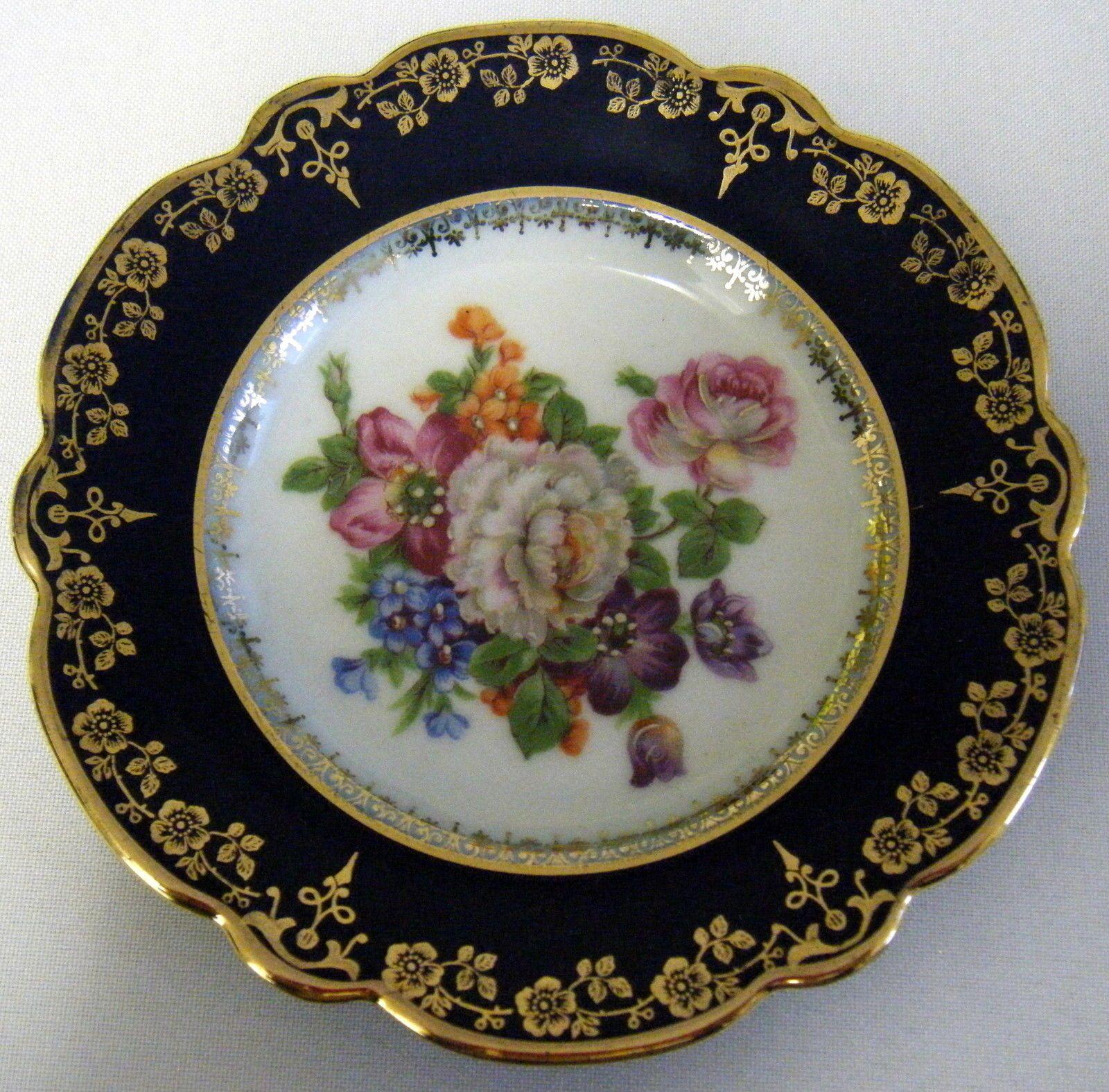 Limoges france porcelain cobalt blue enamelled egg hinged for Decoration plater