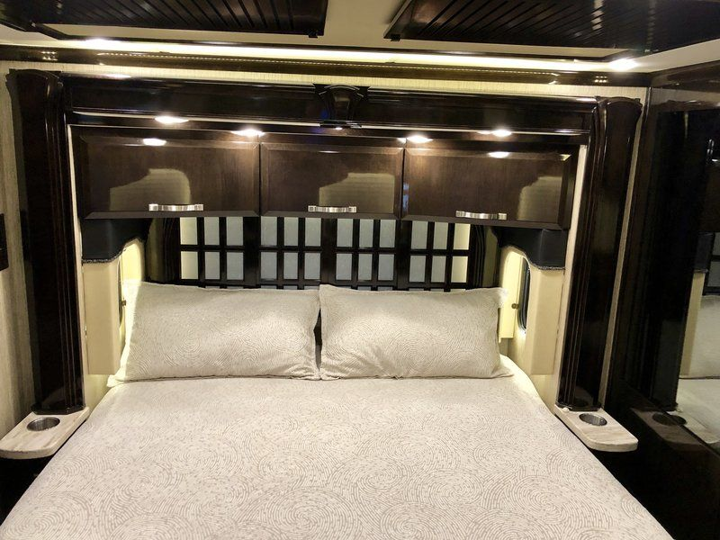 2014 Newmar King Aire 4599 Triple Bunk Class A Diesel Rv For Sale By Owner In Ada Michigan Rvt Com 185193 Triple Bunk Built In Desk Bunks
