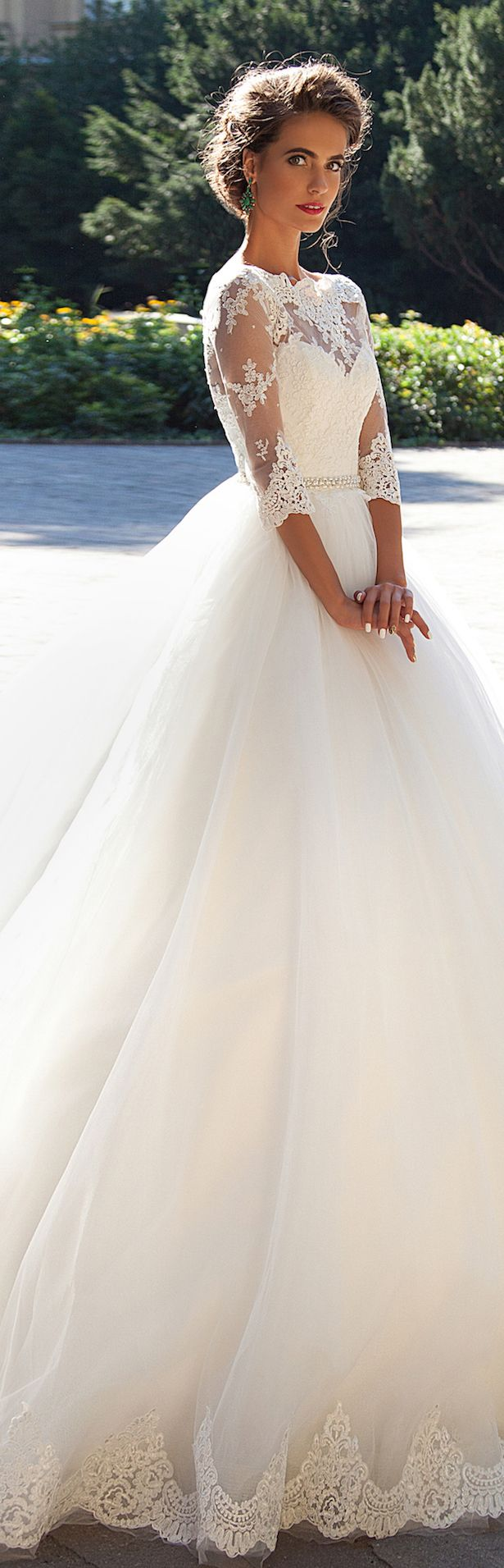 Usually ium not a big fan of tule but this dress is beautiful