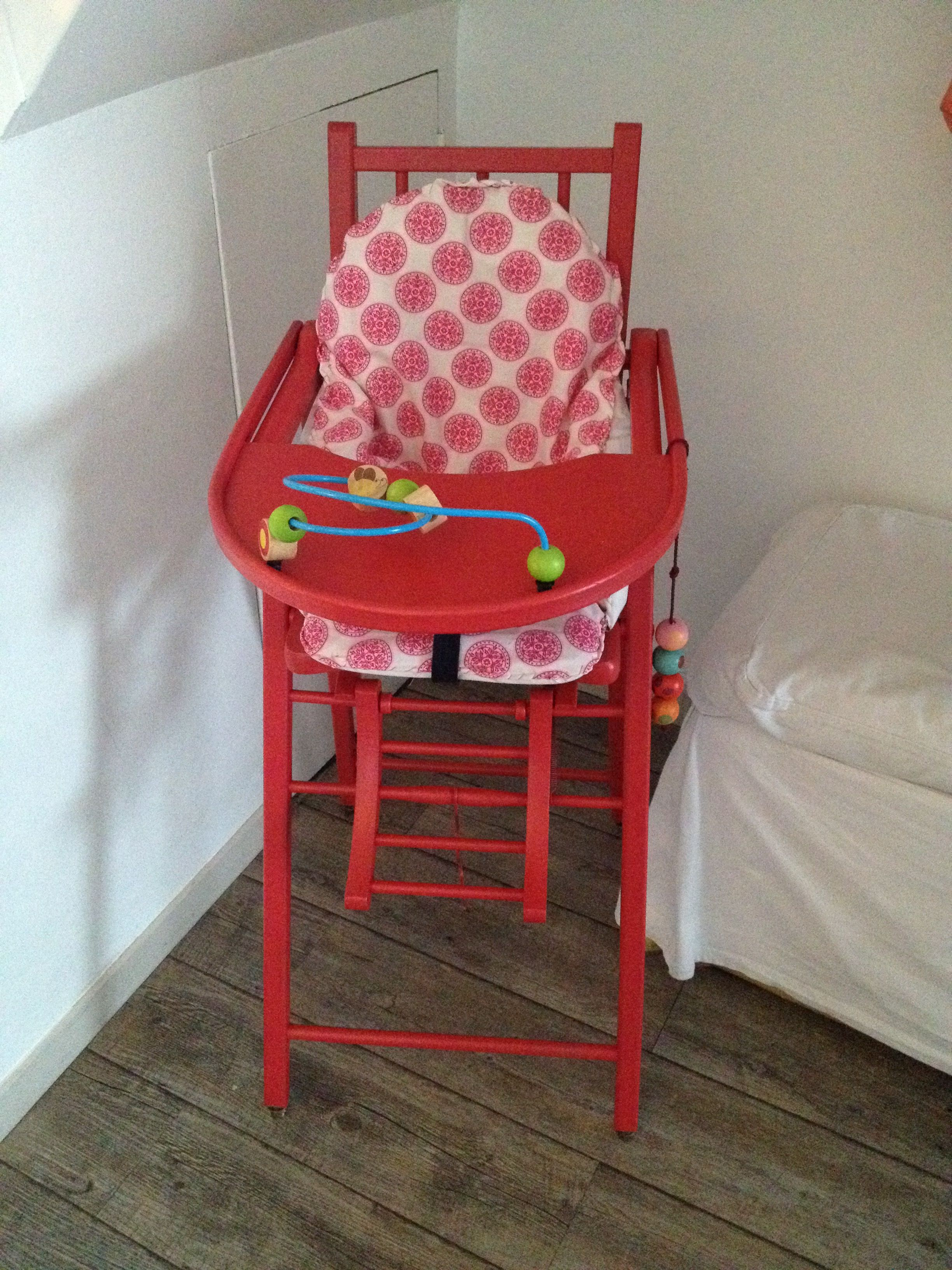 Relooker Une Chaise Haute En Bois chaise haute en bois relookée   chaise haute bois, chaise