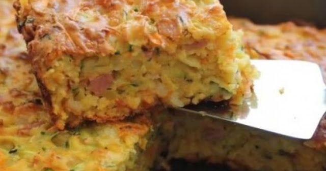 Λαχταριστή πίτα με φέτα μπέικον και κολοκυθάκια χωρίς φύλλο!