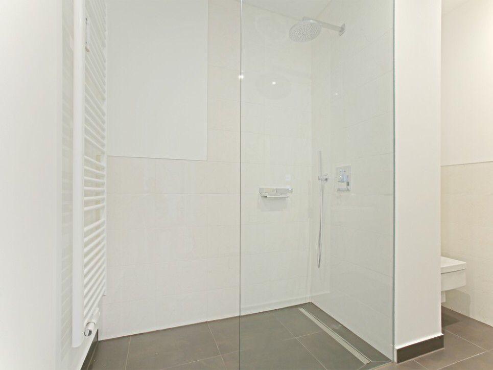Wellnessdusche Raumgestaltung, Badezimmer und Bad