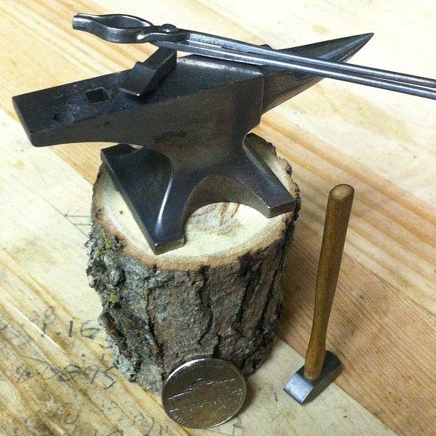 miniature anvil, hammer, tongs & hot cut @marcoterenzi