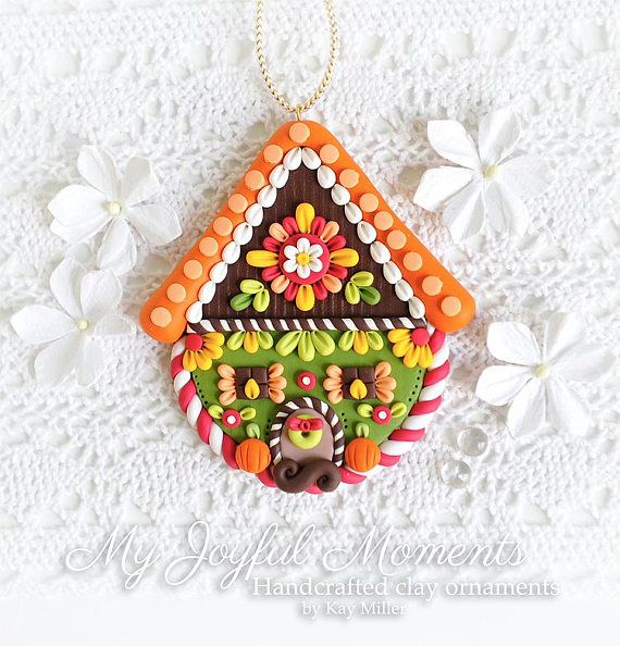 Handcrafted polymer clay autumn gingerbread house ornament for Ornamenti casa