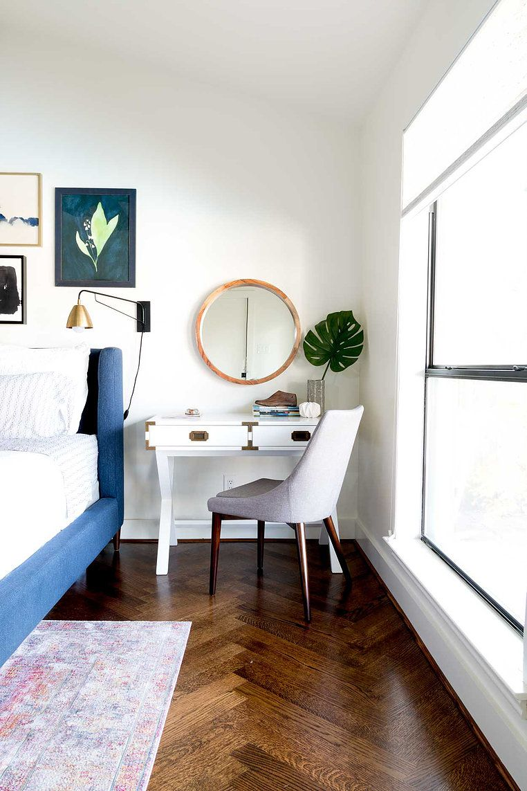 Mid century modern bedroom. Love the campaign desk as a nightstand ...