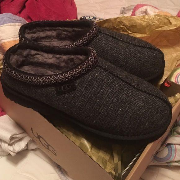 95bd3013cc1 M Tasman Tweed Ugg Slippers Men s size 11 UGG slippers never been worn UGG  Shoes Slippers