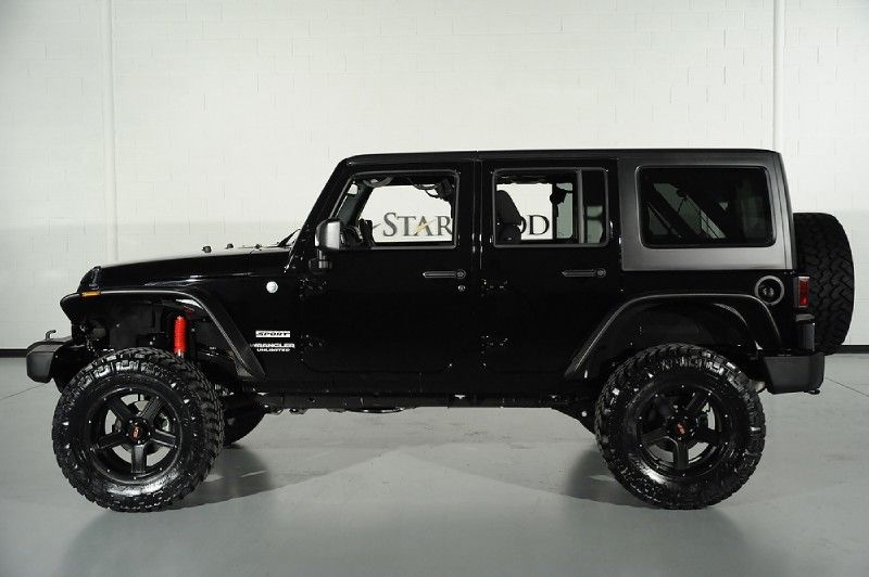 custom black clearcoated 2014 jeep wrangler unlimited: side view