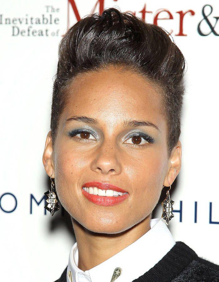 Alicia Keys, les cheveux courts Cheveux courts, Cheveux