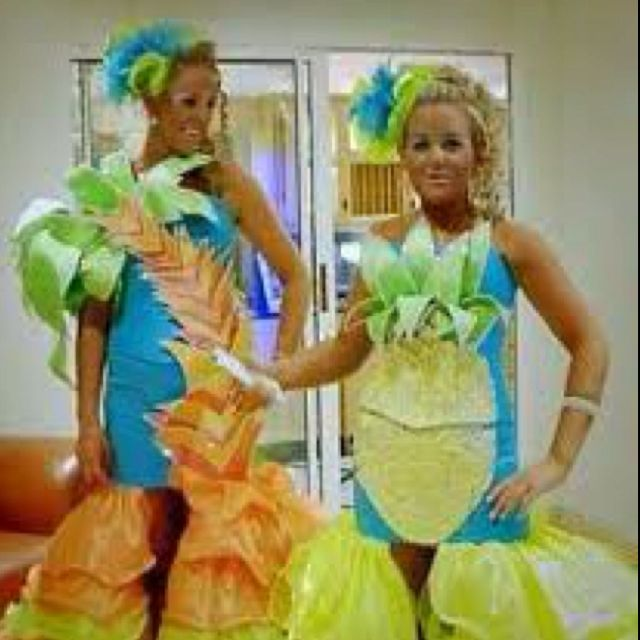017f1b214f Pineapple and Palm Tree Bridesmaids dresses... Hell yes