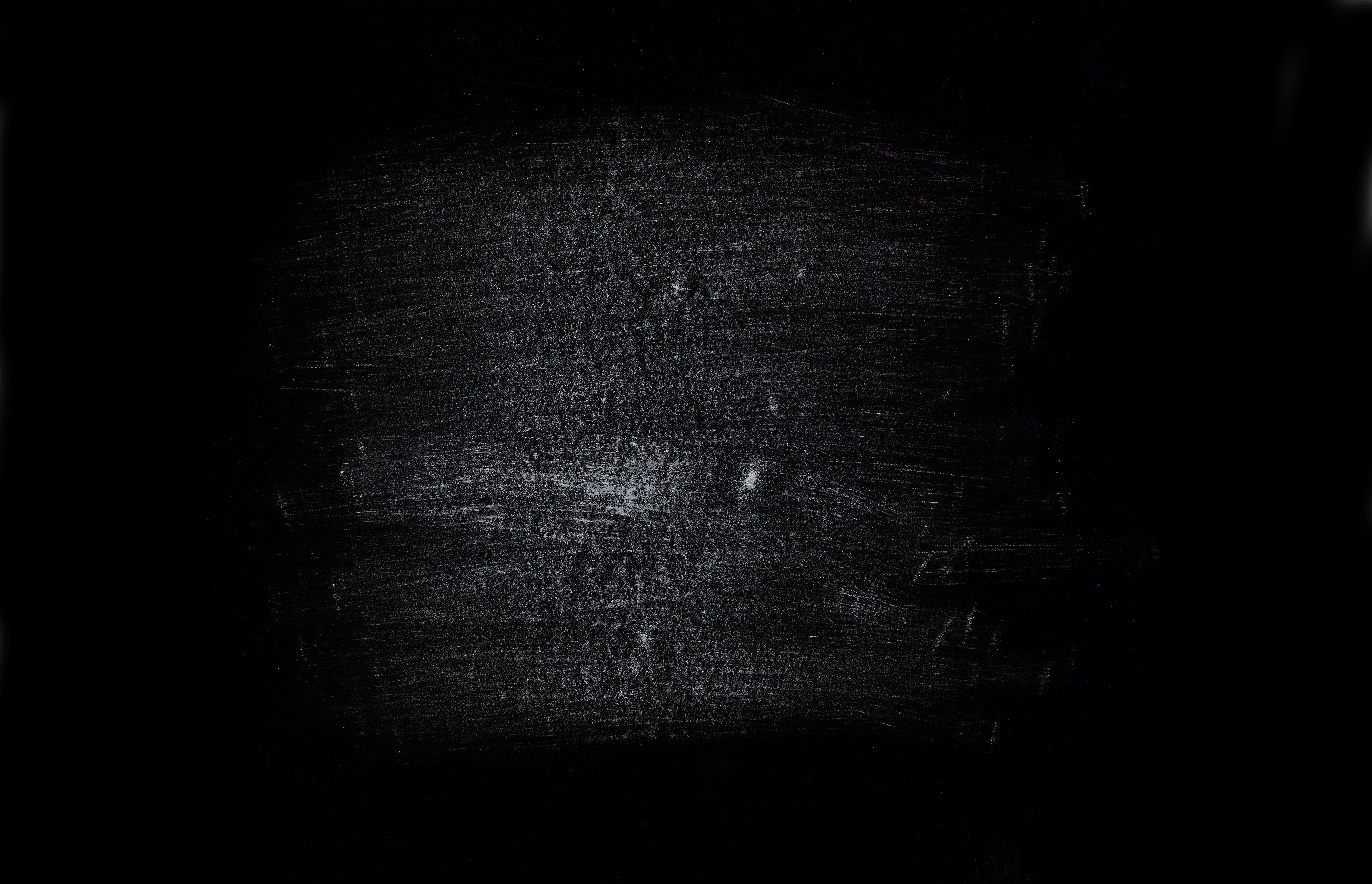 Скачать обои чёрный фон, царапины, абстракция, раздел ...