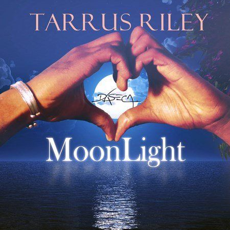 Tarrus Riley - Moonlight | Moonlight Riddim | -| http://reggaeworldcrew.net/tarrus-riley-moonlight-moonlight-riddim/