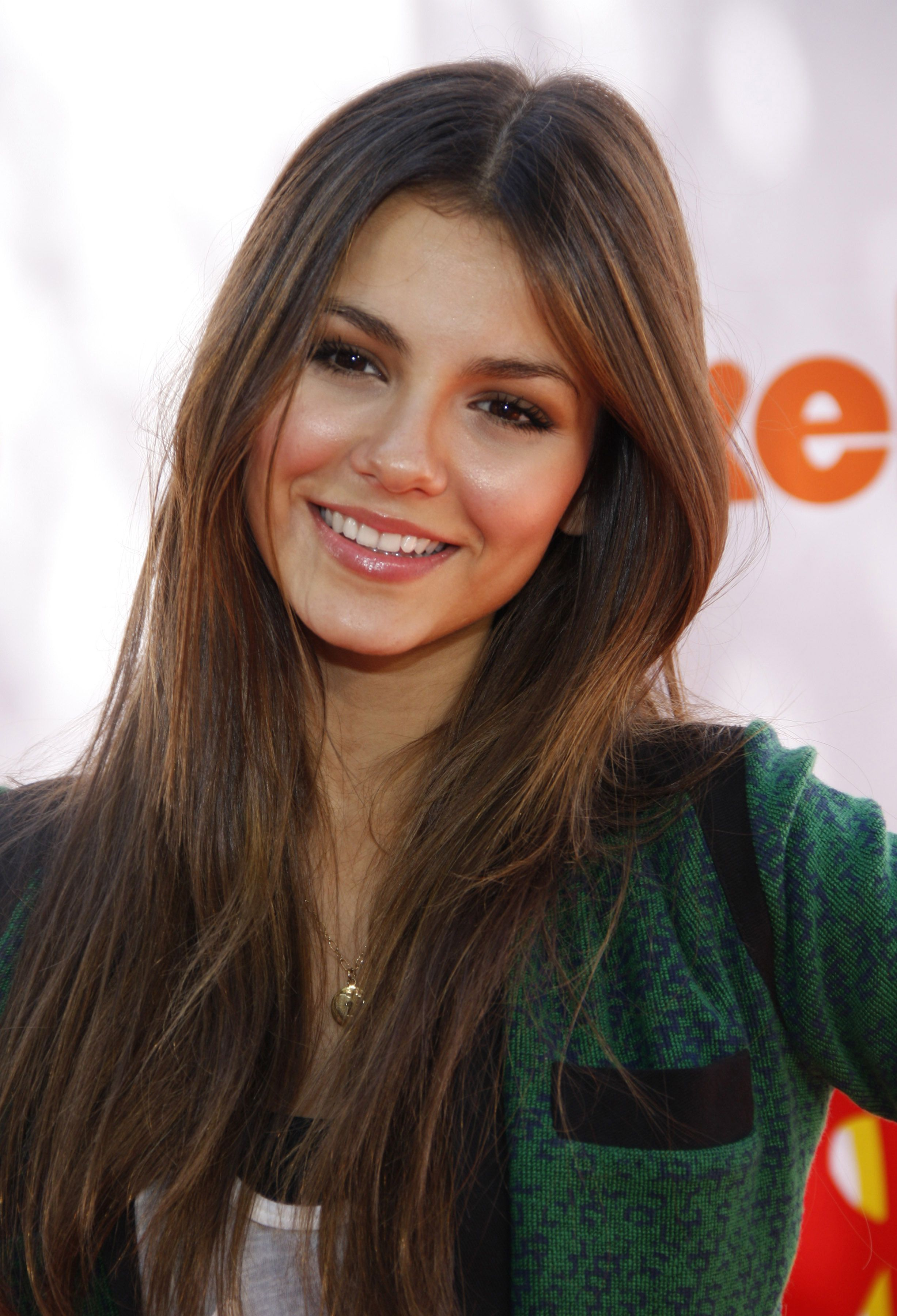Discussion on this topic: Deanna Miller (it 	2003, victoria-justice-born-february-19-1993-age/