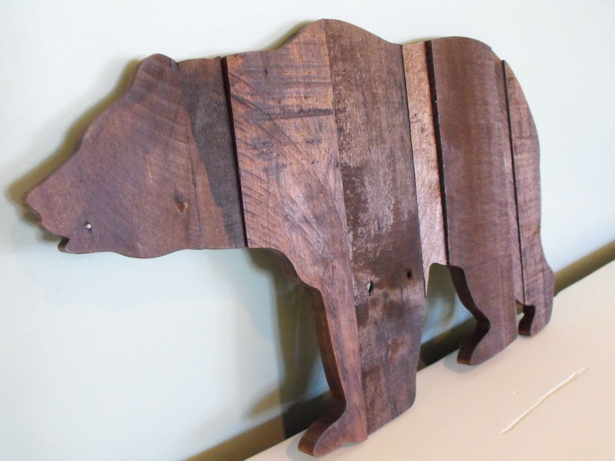 Bear Grizzly Black Brown Reclaimed Pallet Wood Wooden Sign
