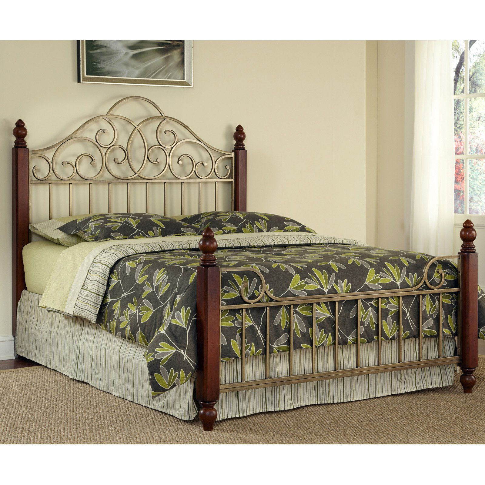 Home Styles St. Ives Bed, Size Queen California king