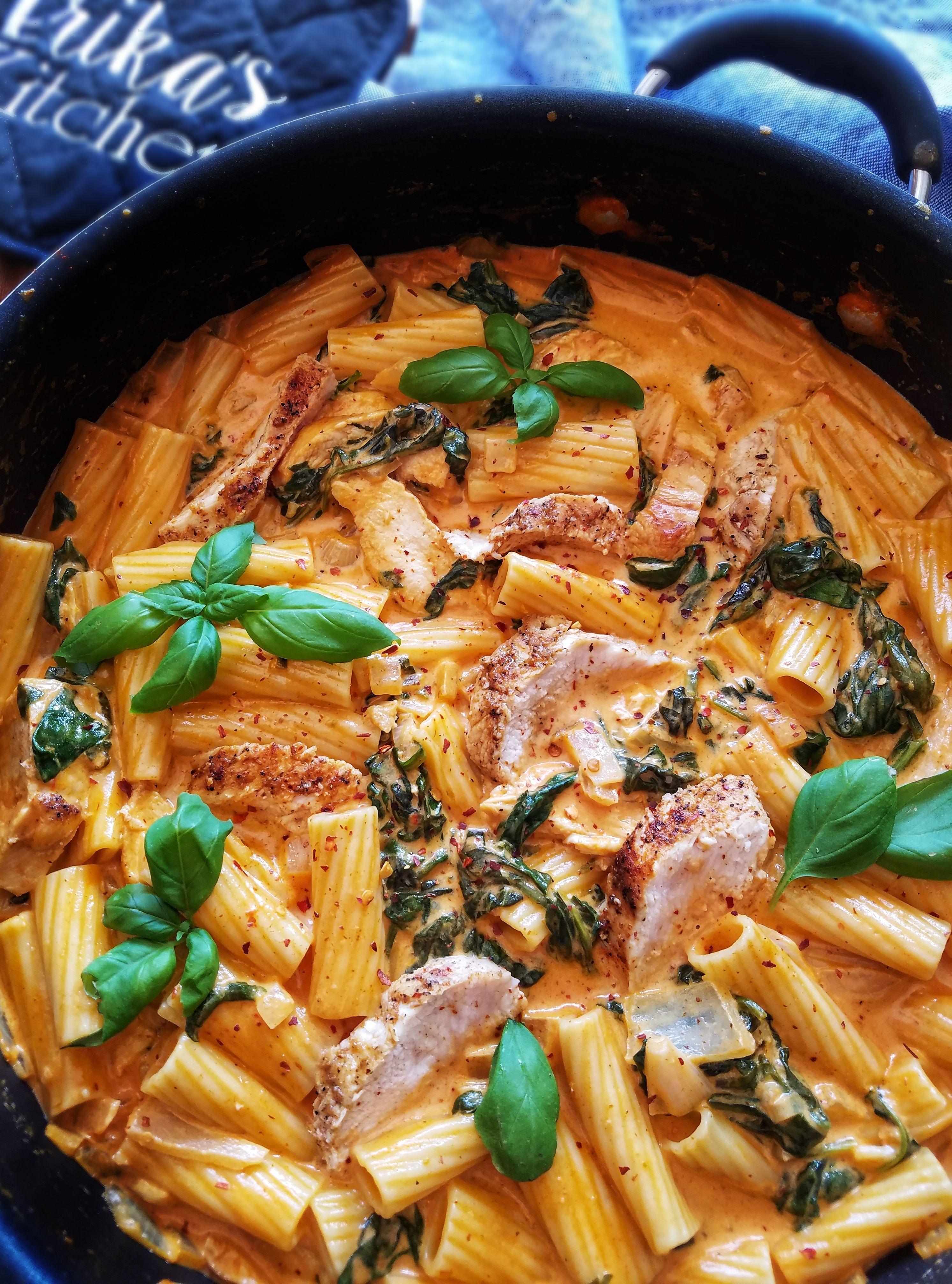 Rigatoni With Chicken In A Creamy Tomato Sauce Recipe By Erika The Feedfeed Recipe In 2020 Tomato Cream Pasta Creamy Tomato Sauce Tomato Cream Sauce Pasta