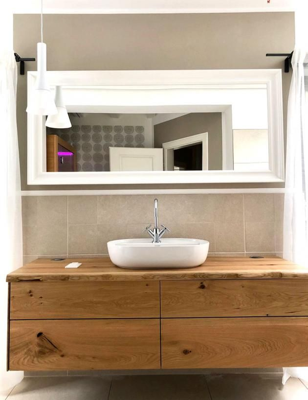 Waschtisch Aus Asteiche Mit Schubkasten In 2020 Badezimmer Unterschrank Holz Badezimmer Unterschrank Waschtisch