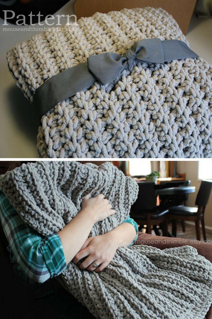 I love this crochet blanket pattern. It looks cozy. Bulky Fleece ...