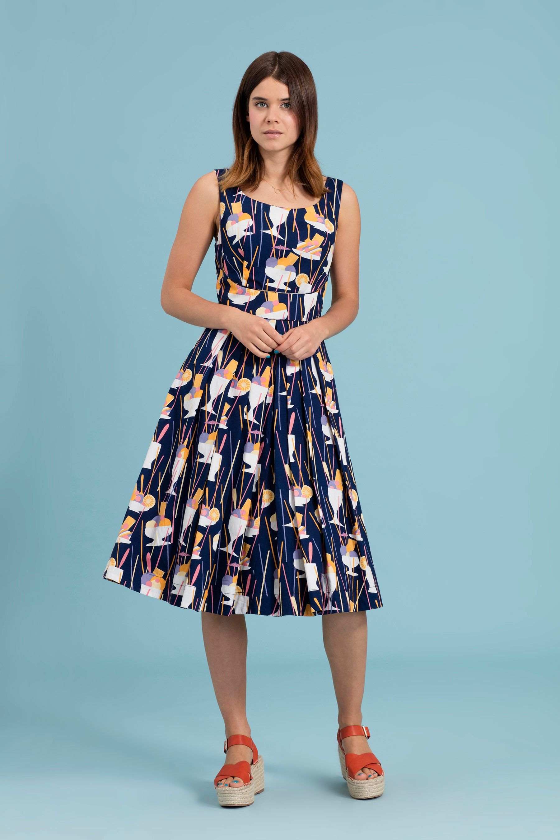 p Wel e summer to your wardrobe with this fun and colourful