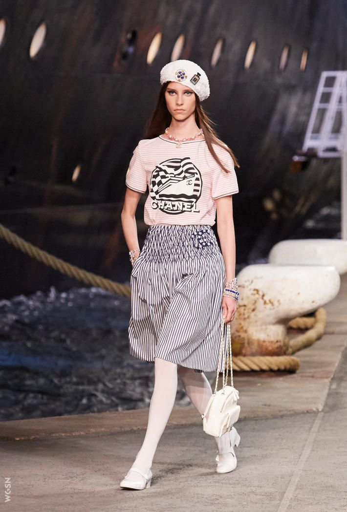 1f3c7578 Chanel Pre-Summer 2019 | runway : spring 2019 | Chanel cruise ...