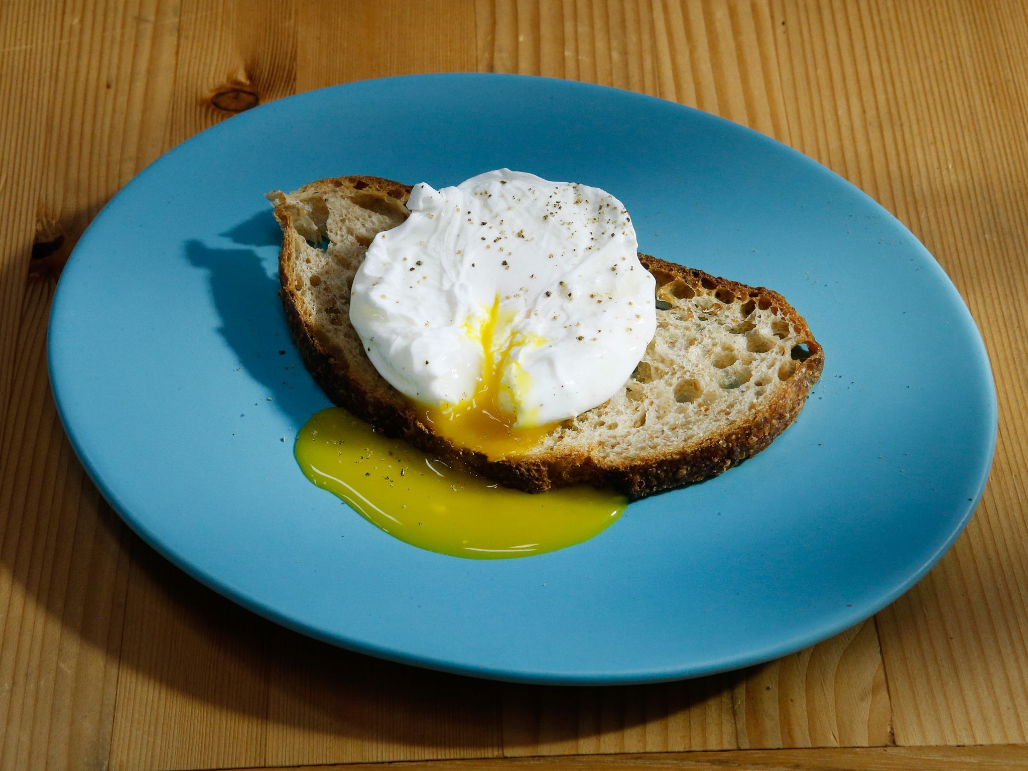 Poached Eggs | Recipe | Poached egg, Egg and Kitchens