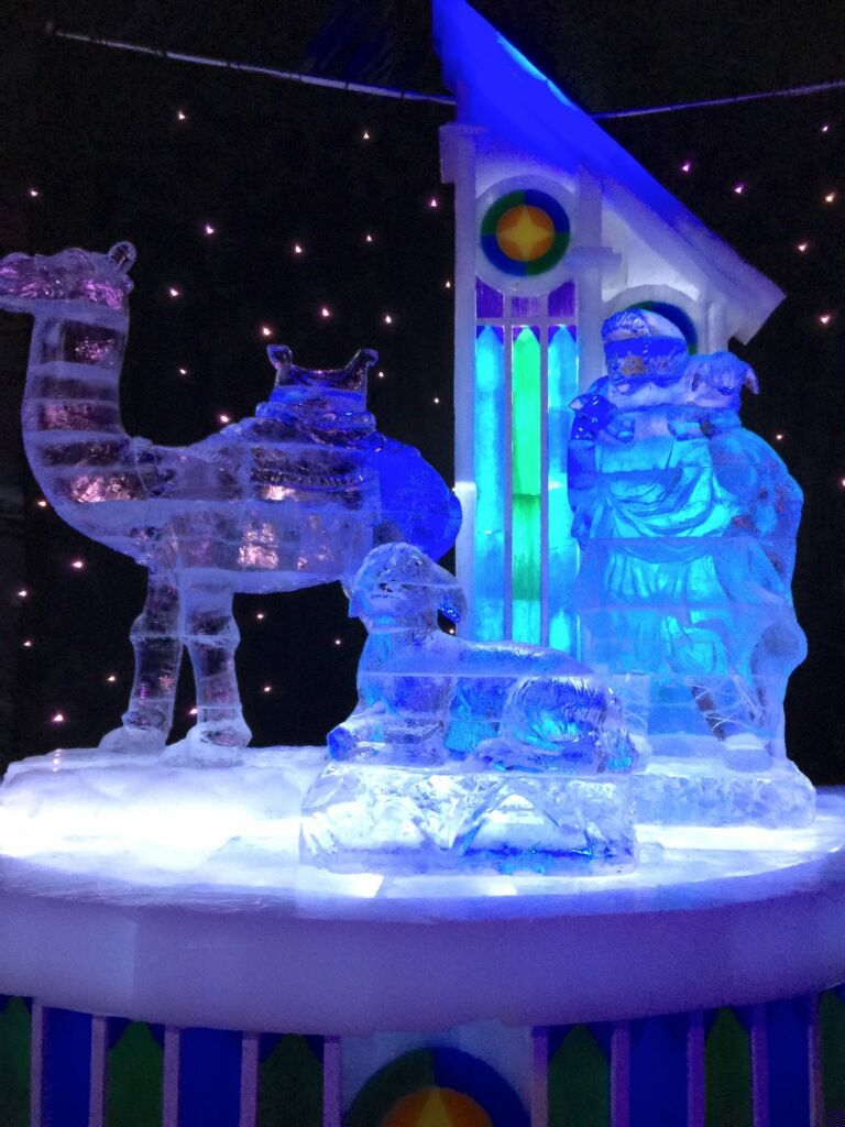 The Ice Kingdom At Chill Queen Mary In Long Beach California