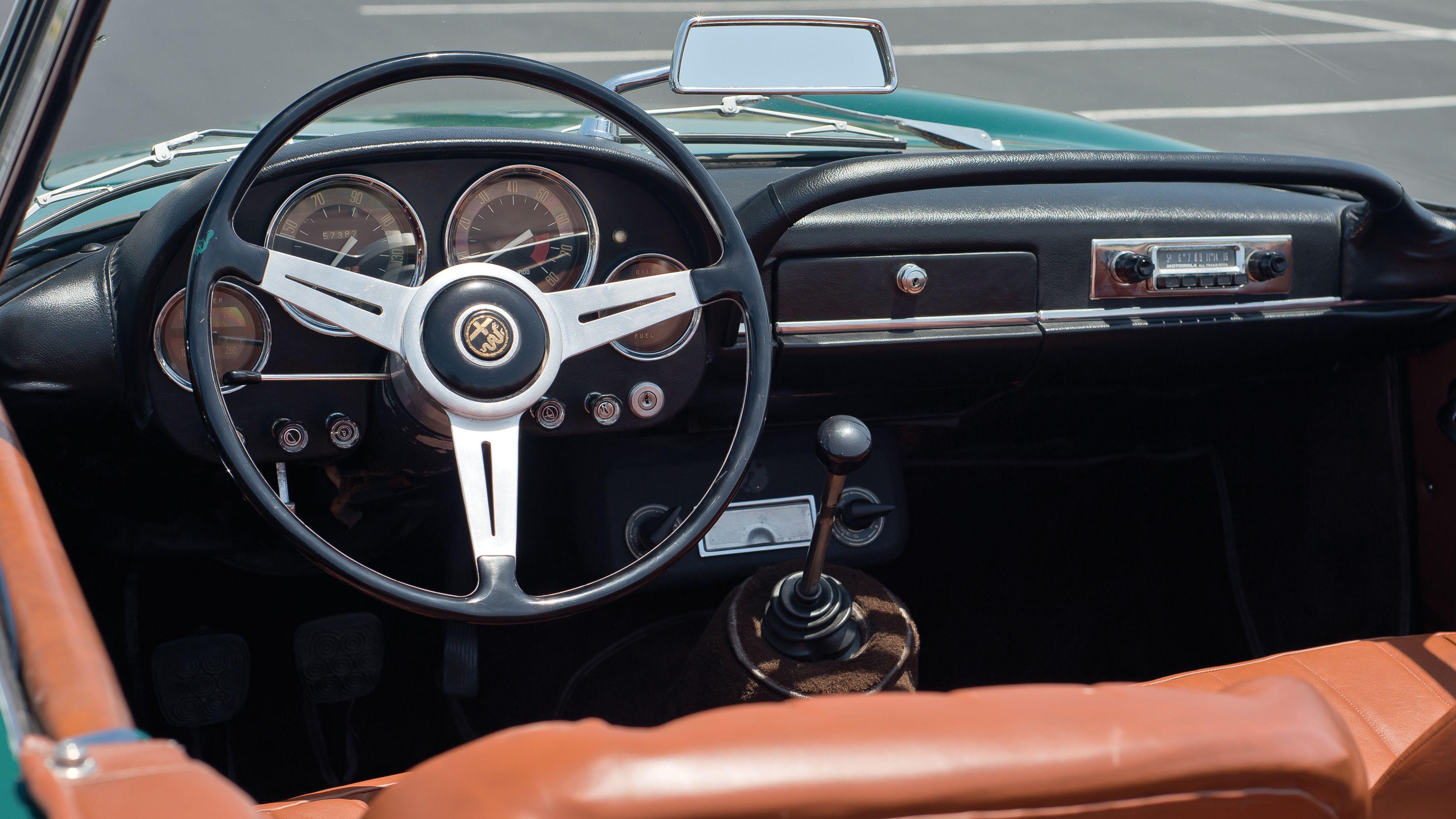 Alfa Romeo 2600 Spider by Touring 1964 Alfa Romeo