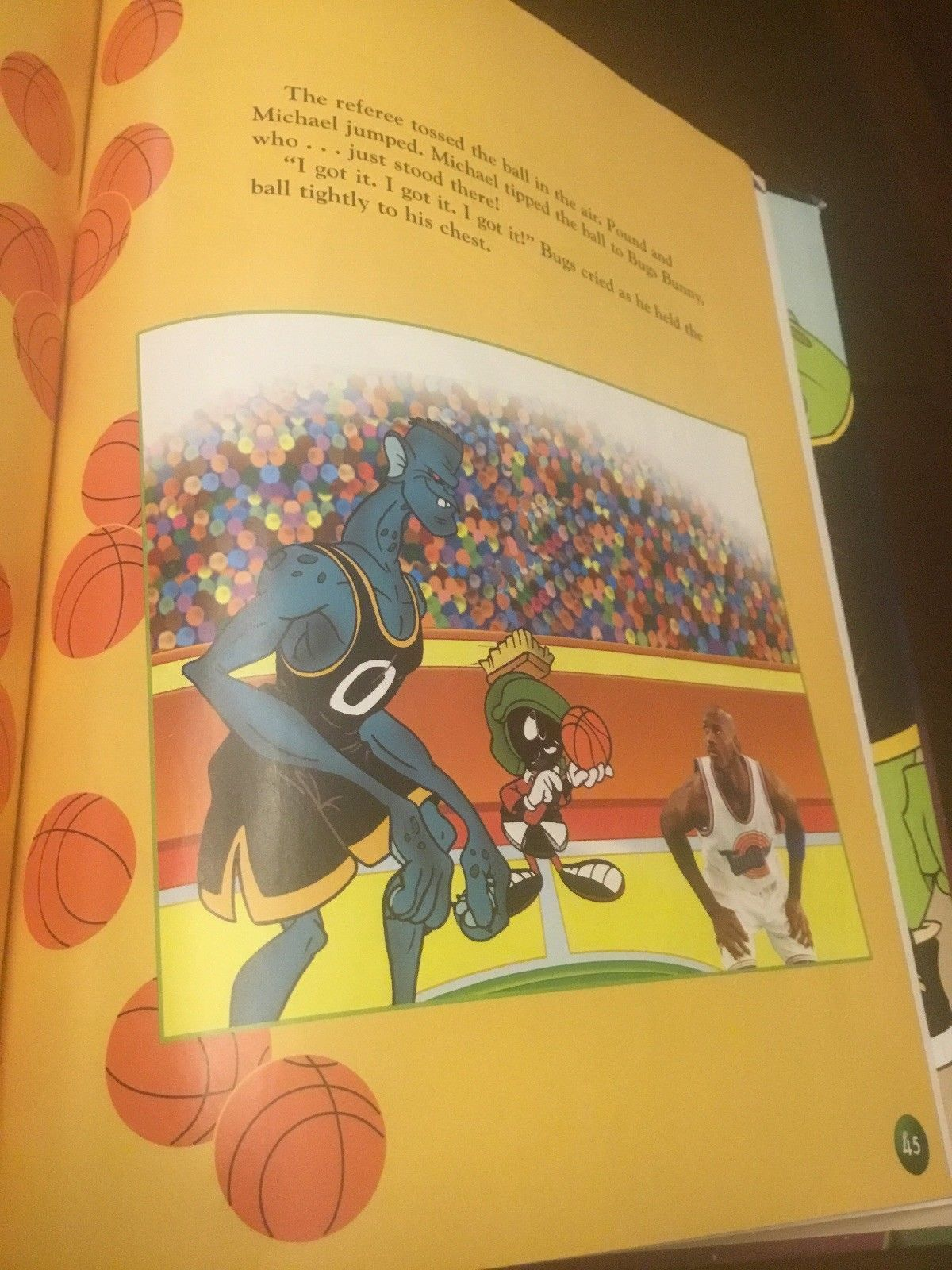9a3dd0bc1de Space Jam Movie Book Michael Jordan And Loony Tunes Hardcover 1996 Like New  9780590945561