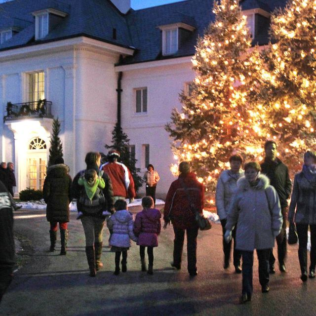 24 Fun Festive Ways To Celebrate The Holidays In Indianapolis Holiday Indianapolis Holiday Guide