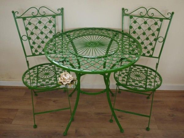 Green Wrought Iron Patio Furniture Patio Furniture Makeover