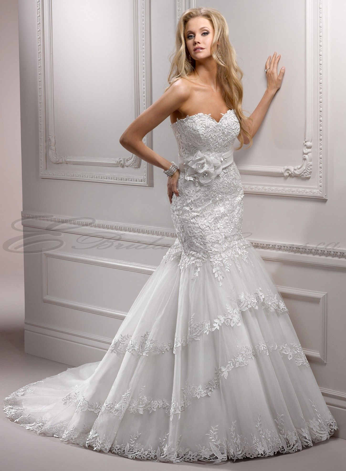 Lace and tulle mermaid sweetheart neckline fit and flare wedding