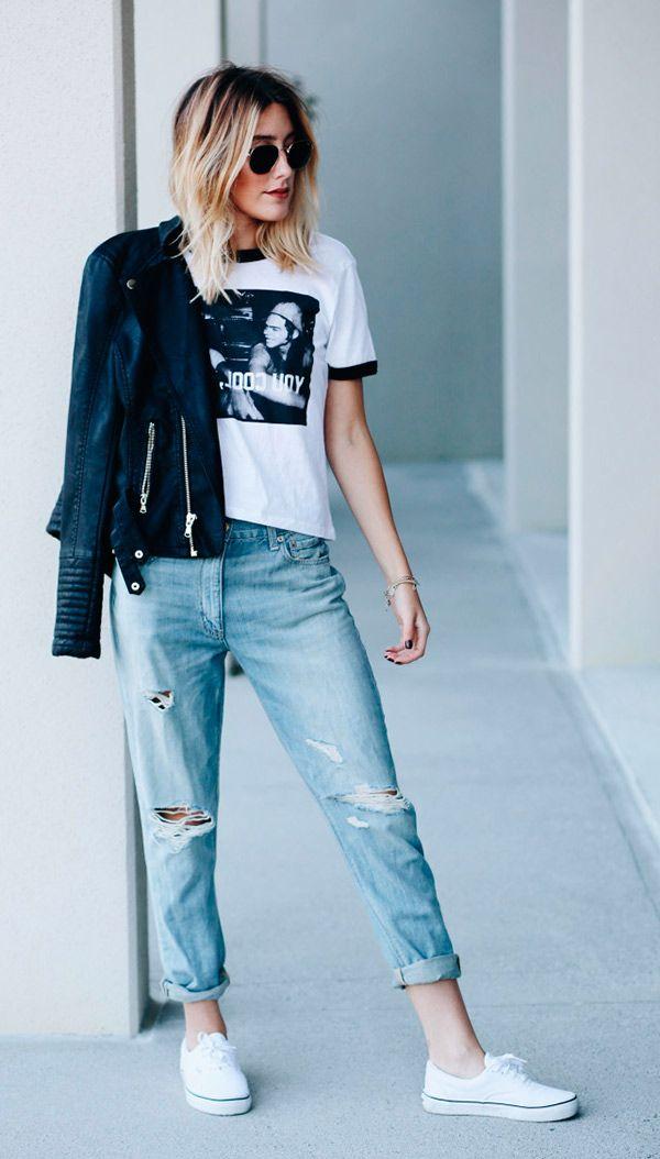 Street style look com camiseta e calça jeans