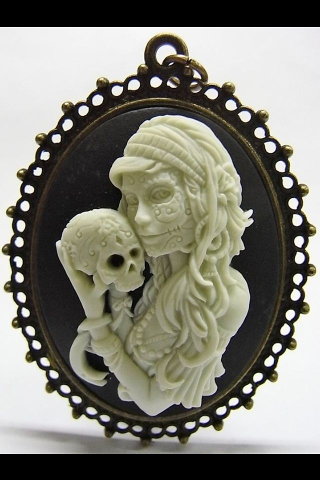 Gothic style Cameo
