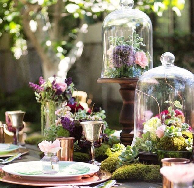 Pretty Outdoor Dinner Party Decor