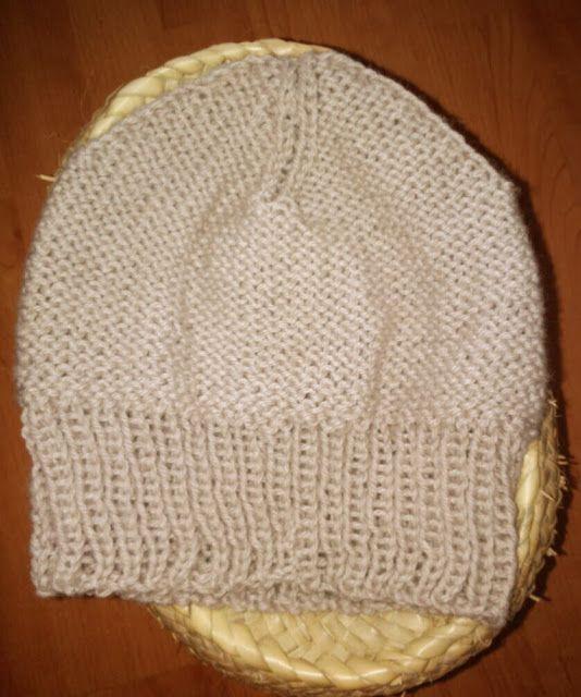 Gorro de punto con agujas circulares de Tiquimama | Hats / Gorros ...
