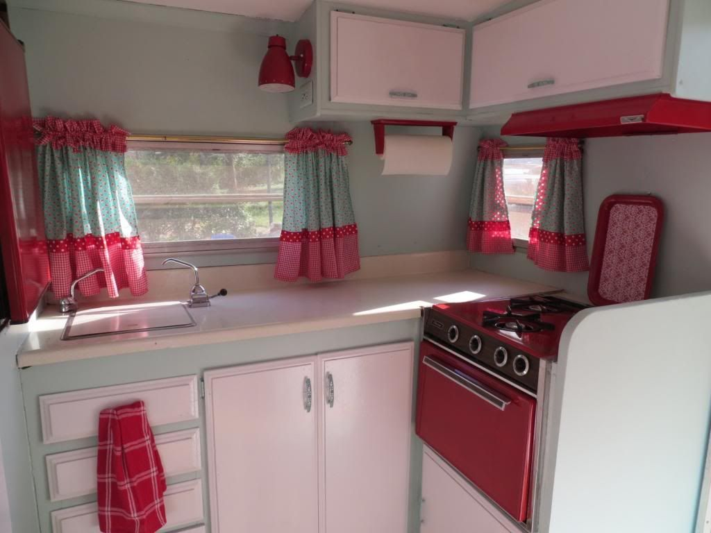 Retro camper curtains - Vintage Camper Decorating Ideas Interior Paint Decorating Ideas And Stuff