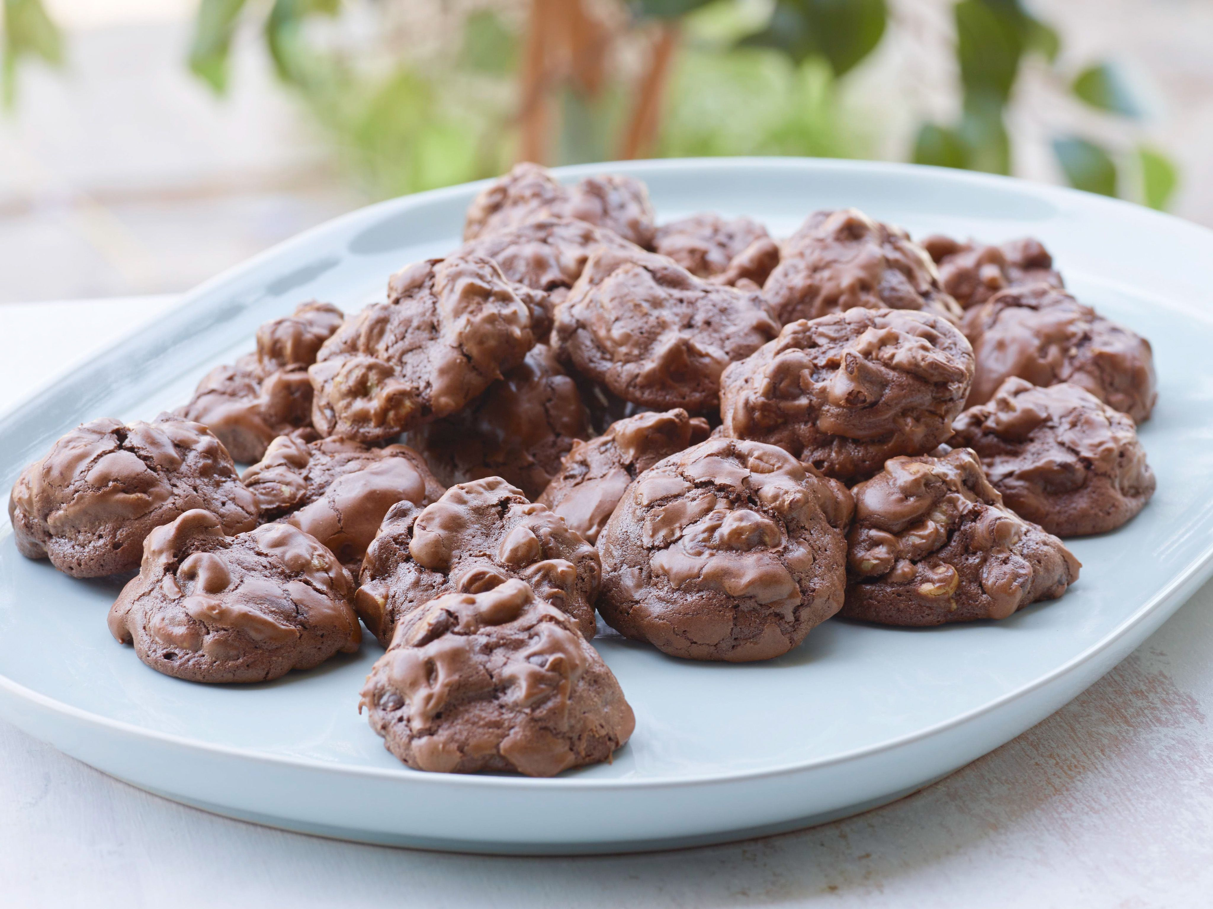 Chocolate peanut butter globs recipe ina garten garten and chocolate peanut butter globs recipe ina garten food network foodnetwork forumfinder Image collections