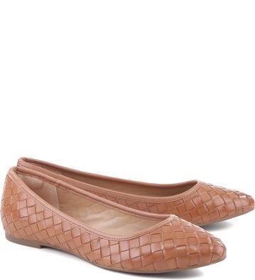 88a1c4fd0 Arezzo - Sapatilha Tressê Tan Sapatos Confortáveis, Sapatos Lindos,  Sapatilhas Arezzo, Sapatilha Bico